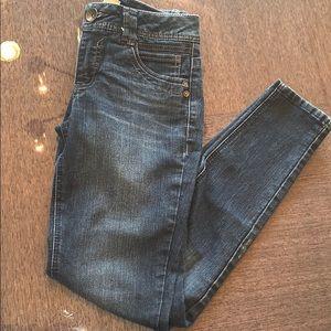 Democracy justice begging blue jeans 👖 💕